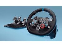 Logitech G29 steering wheel and pedals compatible with PS3/PS4 and PC. BRAND NEW BUT DAMAGED BOX