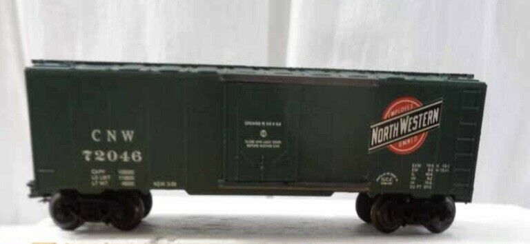 ✅FRANK'S ROUNDHOUSE CHICAGO NORTHWESTERN BOX CAR W/ LIONEL TYPE COUPLERS O GAUGE