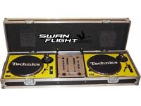 FLIGHT CASE FOR TWO TURNTABLES