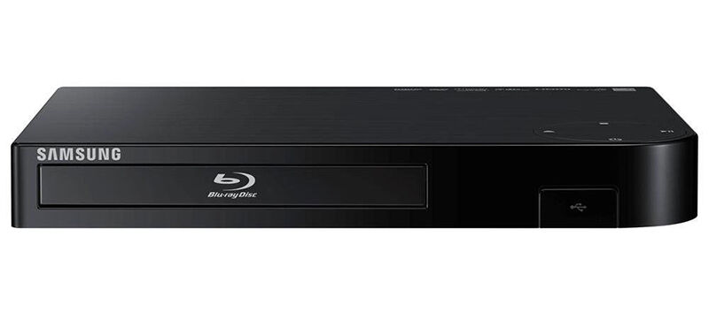 How to Clean a Blu-ray DVD Player