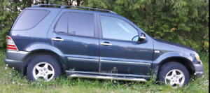 1999 Mercedes-Benz ml320 for sale as is for parts.