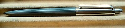 PARKER JOTTER PROTOTYPE BETWEEN 1st ( RIBBED BAR ) and 2nd ( BALLCLIP ) MODEL  !