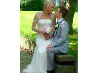 Beautiful lace vintage style Justin Alexander wedding dress. Size- Uk 12 (small size as I am a 10)