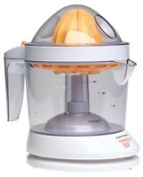 Citrus Juicer - Almost new in great condition - Black and Decker