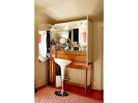 Ikea VINSTRA VANITY Make up Unit in High Gloss