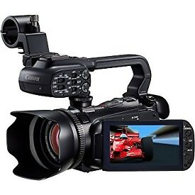 CANON XA10 PROFESSIONAL CAMCORDER FULL SET PACKAGE*