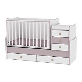 Lorelli maxi plus crib/bed with matching chest of drawers