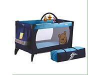 Hauck Winnie the Pooh dream n play travel cot
