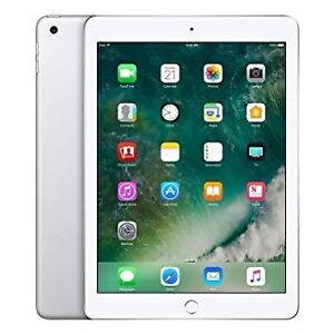 2017 iPad 9.7 32G like new with case
