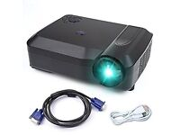 (REDUCED) Crenova XPE650 HD Projector 2800 Lumens 1280*768 Resolution (Like New)