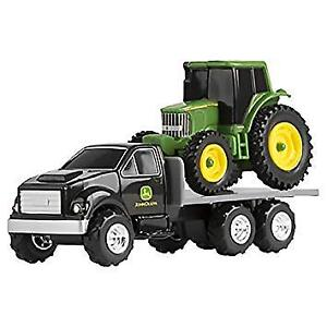 JOHN DEERE - TRACTOR WITH FLATBED AT TEDDY N ME