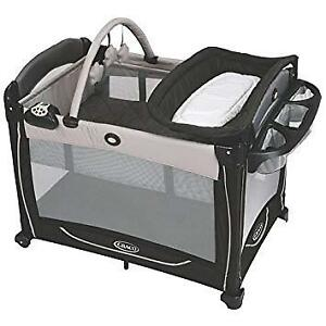 Graco Element Pack and Play - Like New!