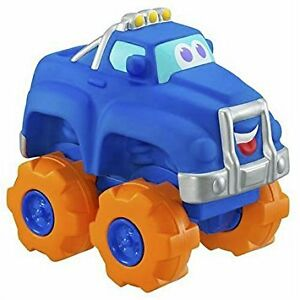 Hasbro Chuck & Friends Cushy Cruisin' Tucker the Pickup Truck