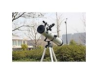 Power telescope 76700 great condition unboxed all lenses come with the telescope great to view moon