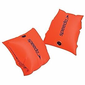 Speedo arm band (for up to 2 years old)