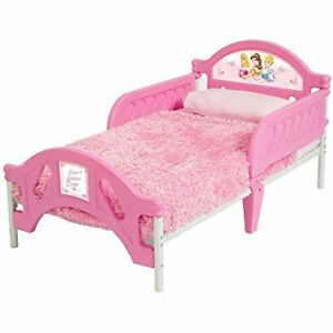 Toddler bed with new mattress used 2x for visiting grand child