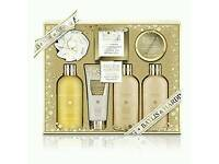 Baylis&Harding Bath Set