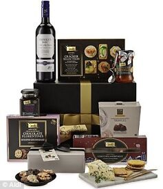 Festive Christmas food hamper
