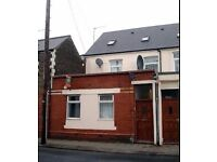 First Floor Two Bedroom Flat Available 1st Of July in Cathays £735pcm including Water Rates
