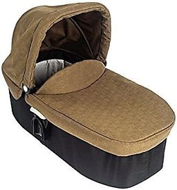Graco Evo Carry Cot and stand BRAND NEW
