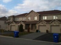 VERY NICE 3 BEDROOM TOWNHOUSE ON THE PLATEAU, AYLMER
