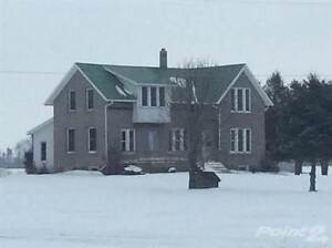 Homes for Sale in Wallacetown, Dutton/Dunwich, Ontario $259,000