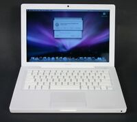 MACBOOK 13.3 CORE 2 DUO 2.4 GHz LIKE NEW @ PC MART