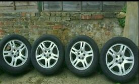 BARGAIN !! RANGE ROVER ALLOY WHEELS AND TYRES