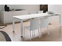 WHITE CALLIGARIS AIRPORT GLASS EXTENDING TABLE