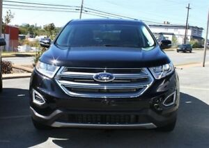 2017 Ford Edge SEL / 3.5L V6 / Auto / AWD **Full Sized SUV!**