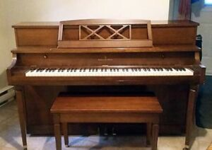 Piano droit Willis & Co Limited