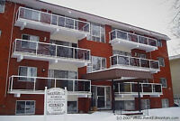 Just off Whyte Ave 1 bd Apt with Insuite Laundry August 1st