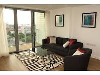 ** Morden 2 bed 2 bath with Amazing viewing 11th floor, concierge+gym, Poplar, Canary Wharf, E14 -AW