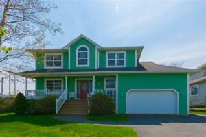 Head Over to this GORGEOUS one in Clayton Park! (165 Roxbury Cr)