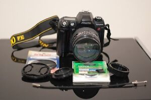 Fuji S2pro Digital SLR with Nikon f/3.5 28-200 zoom lens West Ulverstone Central Coast Preview