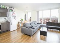 A LUXURY TWO BEDROOM TWO BATHROOM PENTHOUSE TO RENT IN 10 MINS WALK FROM ALDGATE EAST E1