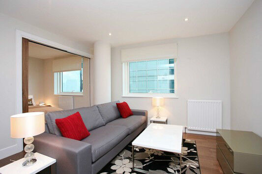 Luxury STUDIO COMMERCIAL STREET ALDGATE E1 CITY TOWER BRIDGE OLD STREET MOORGATE SHOREDITCH EAST