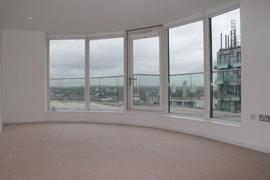 UNFURNISHED 2 BED 2 BATH APARTMENT IN ABILITY PLACE MILLHARBOUR CANARY WHARF E14 PRIVATE TERRACE