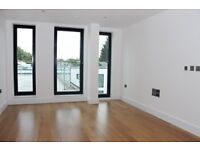 1 bedroom flat in Morea Mews Mulberry Mews N5