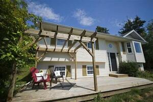 50 Virginia Dr - Phenomenal opportunity to move to Kingswood!