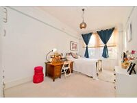 1 bedroom flat in Comeragh Road, West Kensington, London W14