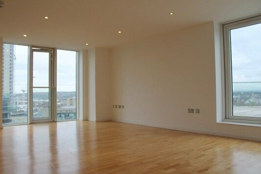 2 bedroom flat in Abililty Place, 37 Millharbour, Canary Wharf E14