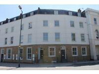 2 bedroom flat in Regal Court, Malvern Road, Queens Park NW6