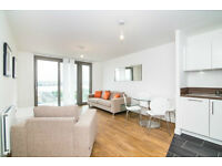 Luxury 2 BED 2 BATH WATERSIDE PARK ROYAL DOCKS E16 PONTOON DOCK EXCEL PRINCE SILVERTOWN CANARY WHARF