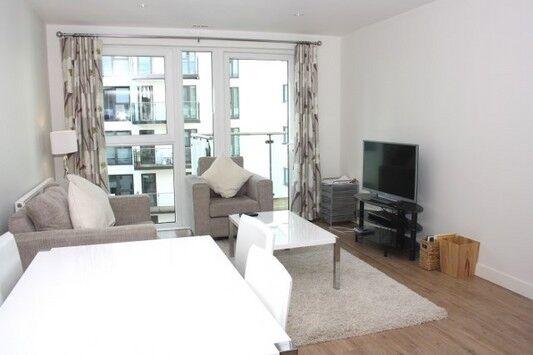 2 bedroom flat in One SE8, Brooklyn Building, Deptford SE10