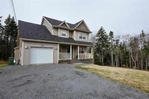 Two Storey Home in Beaver Bank FOR SALE!