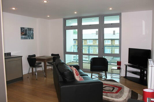 Luxury 1 bed IONA TOWER LIMEHOUSE E14 MILE END WESTFERRY SHADWELL STEPNEY GREEN