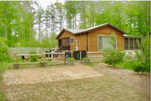 Cozy Hybrid Cottage Located in Beautiful Sauble Beach!!