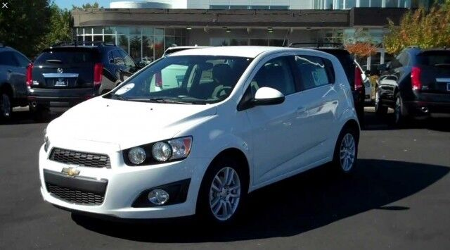 Chevrolet Aveo 12 Lt Vcdi Eco 5dr White 2013 In Oxton