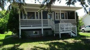 STONY PLAIN HOUSE FOR RENT! DOWNTOWN- AVAILABLE NOW!